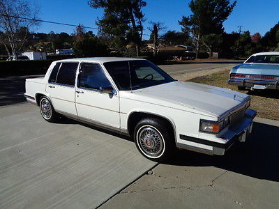 Cadillac : Fleetwood BROUGHAM 1985 cadillac fleetwood brougham low miles estate sale car in excellent shape