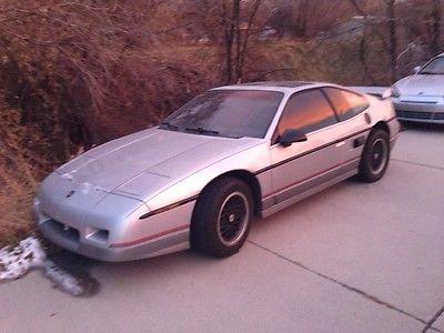 Pontiac : Fiero GT 1987 pontiac fiero gt