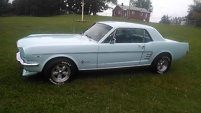 Ford : Mustang Base 1966 ford mustang 2 dr hardtop 289 v 8 4 speed manual arcadian blue luxury seats