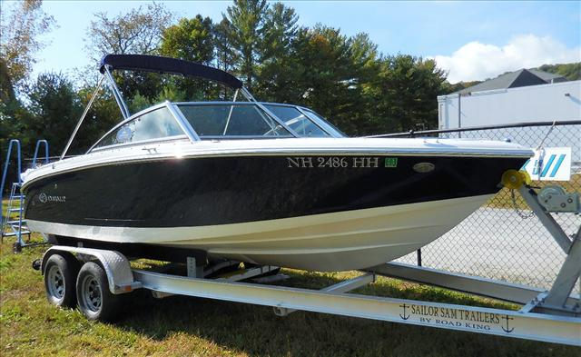 2015 COBALT BOATS 10 SERIES 200