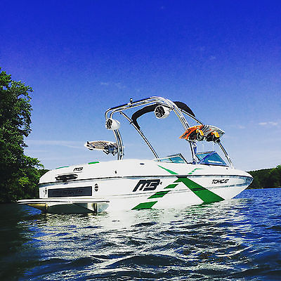 2013 MB Sports F21 Tomcat Wakeboard Wakesurf Ski Boat