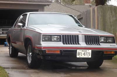 Oldsmobile : Cutlass Hurst/Olds 1984 hurst olds