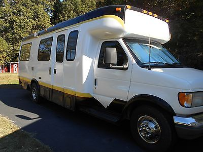 Ford Motorhome Class C EXCELLENT CONDITION