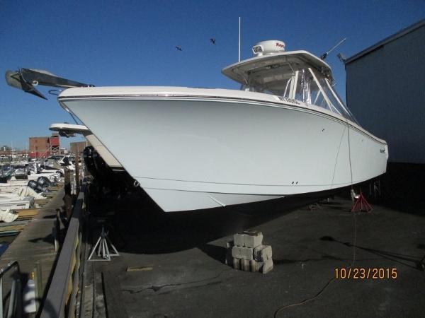 2009 Sailfish 320 CC