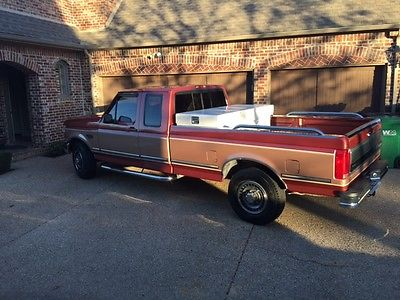 Ford : F-250 XLT  1994 and a 1 2 super duty f 250 powerstroke