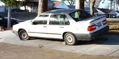 Volvo : 940 1994 940 volvo sedan 4 door with sunroof parts repair pickup only