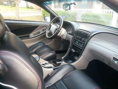 Ford : Mustang Car