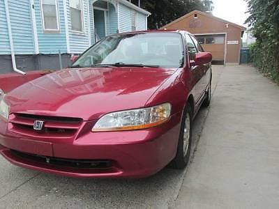 Honda : Accord Excellent 2000 Honda Accord