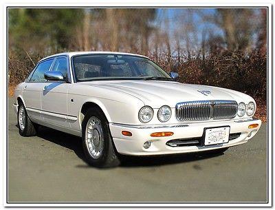 Jaguar : XJ XJ8  1999 jaguar vanden plas 53 951 original miles