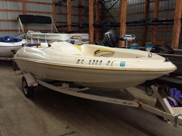 1998 Sea Ray Sea Rayder F16XR