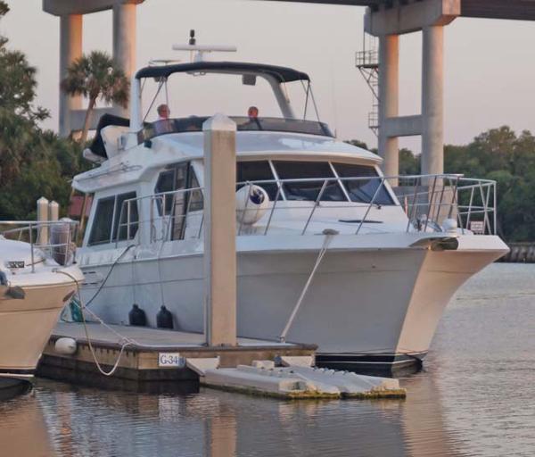 1998 Navigator 53 Classic Pilothouse Motor Yacht