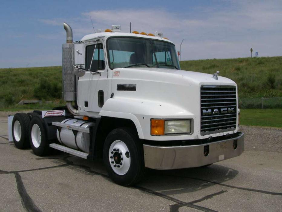 2001 Mack Ch613 263018 Miles !! (misc) 2-3k Sold