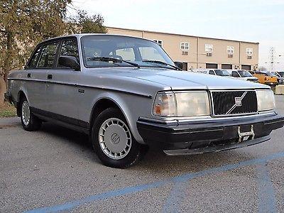Volvo : 240 Base Sedan 4-Door 1993 volvo 240 base sedan 4 door 2.3 l california car 89 k original miles