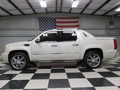 Cadillac : Escalade AWD Luxury White AWD EXT Truck 6.2L Warranty Financing Chrome 22s Leather Nav Sunroof TvDvd