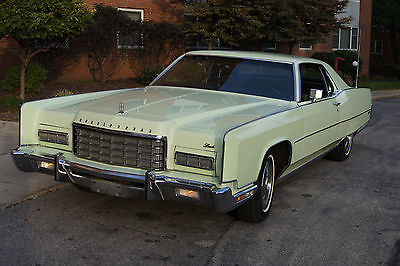 Lincoln : Continental cloth Gorgeous MINTgreen Lincoln Continental - only 23k miles.