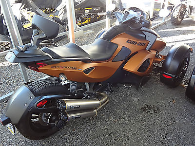 Can-Am : RS-S  Great Condition 2011 Can-Am Spyder RS-S SE5 motorcycle- electric shift at dealer