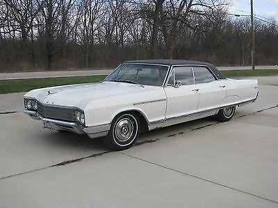 Buick : Electra 225 1966 buick electra 225 4 door hardtop 50 708 miles striaght car great driver