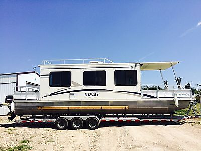 HOUSEBOAT - 35' MYACHT HOUSEBOAT - EXCELLENT CONDITION w/TRAILER & MORE