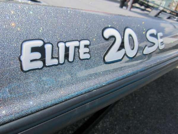 2012 TRITON BOATS 20 SE