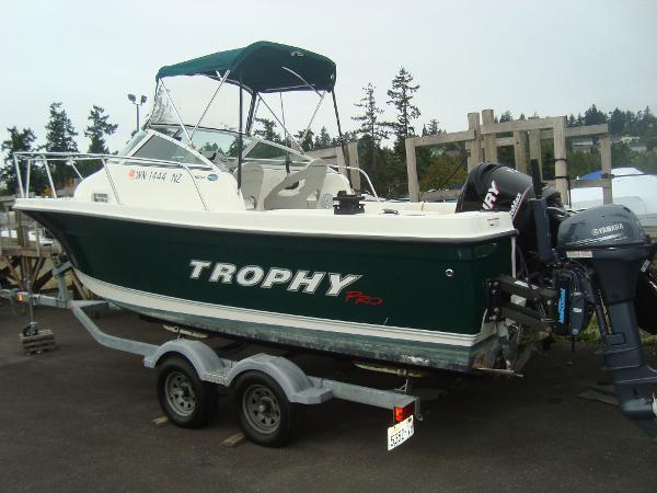 2008 Trophy 2102 Walkaround