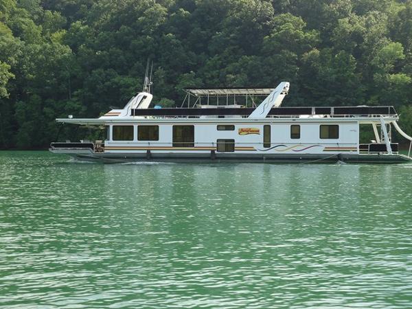 2000 STARDUST 17 x 84 Houseboat