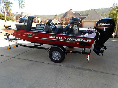 2014 Bass Tracker Pro Team 175 TXW Boat  (Only 6.3 Hours, Warranty to 3/29/2019)