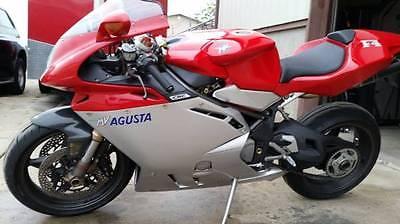 MV Agusta : F4 2000 mv agusta f 4 with only 1000 miles carbon fiber exhaust