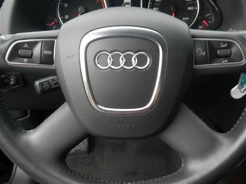 2012 AUDI Q5 4 DOOR SUV