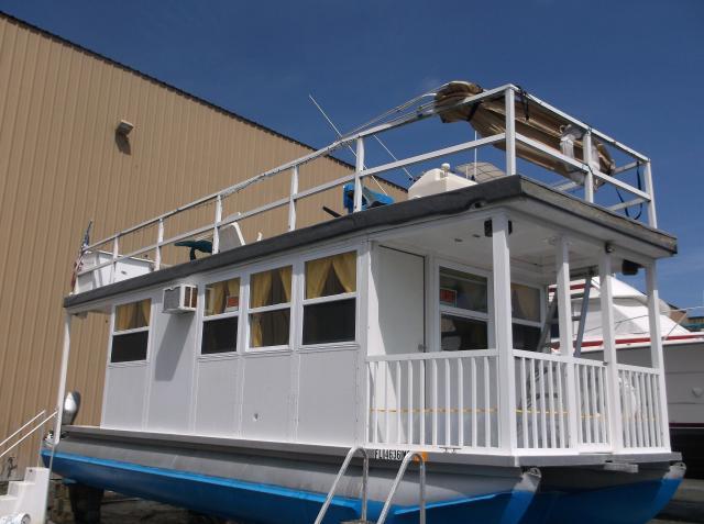 2003 Custom Made House Boat