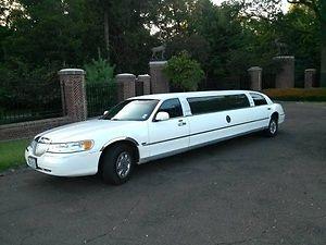 Lincoln : Town Car Executive Limousine 4-Door TIFFANY 2002 Lincoln Town Car Executive 120
