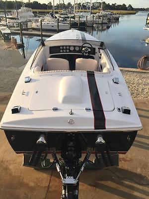 22 DONZI 009 EDITION 2009 #6 of ONLY 18 BUILT VERY RARE, VERY FAST & VERY SEXY!