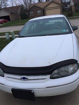 Chevrolet : Lumina sedan 1999 chevrolet lumina very good conditions white well maintained 105000 miles