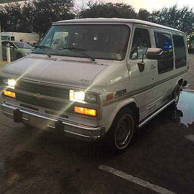 Chevrolet : G20 Van Beauville Extended Passenger Van 3-Door 1995 chevrolet conversion van