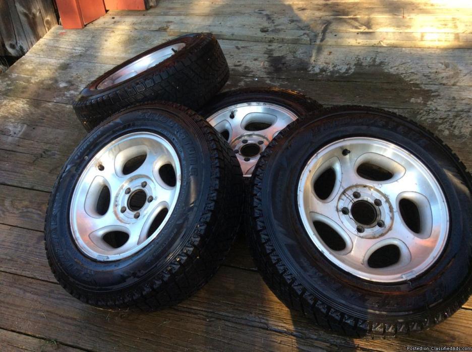Bridgestone Blizzak tires 225-70-16