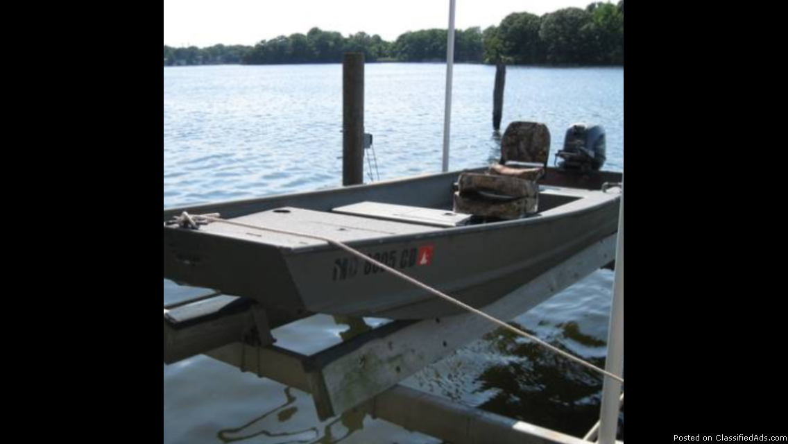 15ft John Boat w/ trailer and 25hp motor