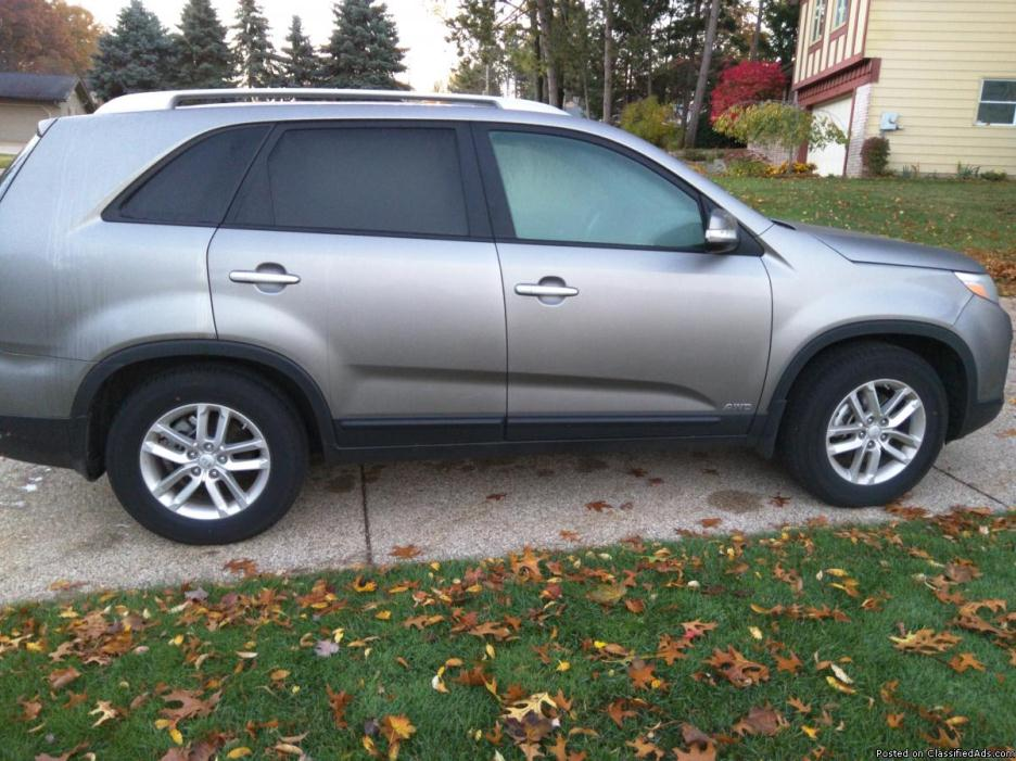 Practically new 2015 Kia Sorento