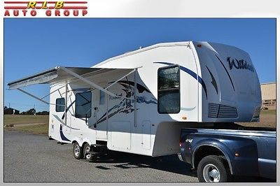 2009 Forest River WILDCAT 28RKBS Fifth Wheel Gooseneck Trailer 28' One Owner