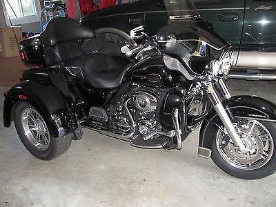 Harley-Davidson : Touring 2012 harley davidson triglide ultra classic loaded vivid black