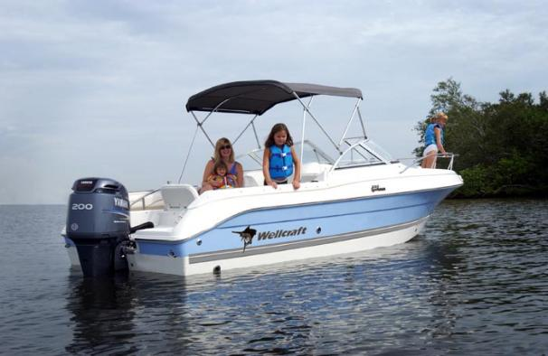 2004 Wellcraft 220 Sportsman