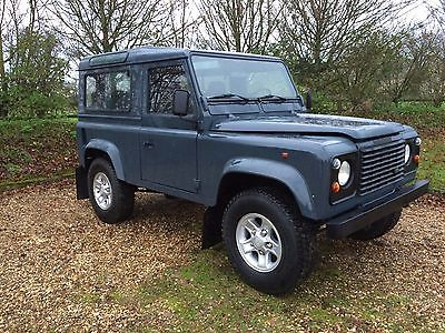 Land Rover : Defender 90 Land Rover Defender 90 County Station Wagon Stunning example