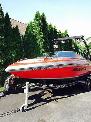 2013 Supra Ski Boat 22V Launch Like New!!