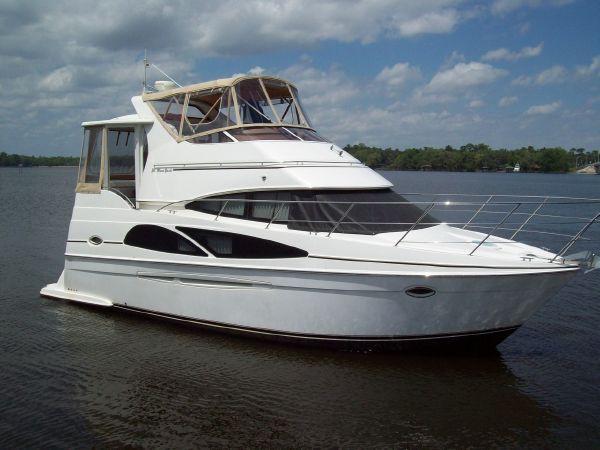 2005 Carver 366 Motor Yacht