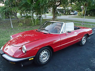 Alfa Romeo : Other GRADUATE ANTIQUE RED CONVERTIBLE ALFA ROMEO SPIDER 1985 IN WORKING CONDITIONS
