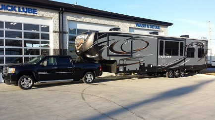2014 heartland cyclone 4100 king rvs for sale. Black Bedroom Furniture Sets. Home Design Ideas