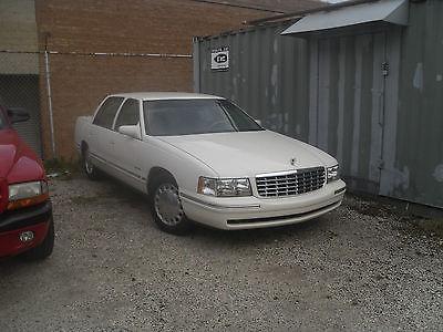 Cadillac : DeVille Sedan 1999 cadillac deville concours sedan 4 door 4.6 l