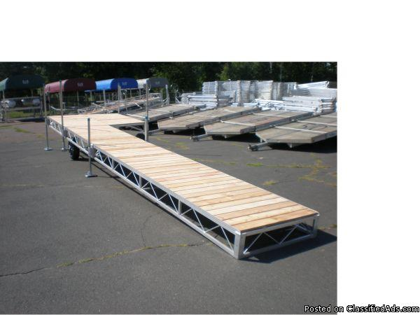 New Vibo 4x40w/8x8 cedar decking roll in dock