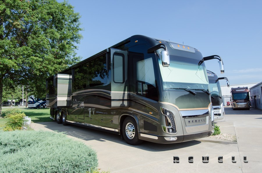 Newell Coach Quad Slide Rvs For Sale In Oklahoma