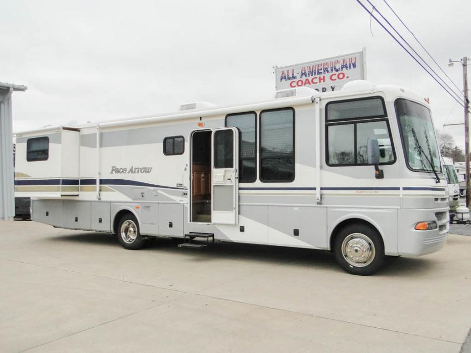 2003 Used Pace Arrow 37A Workhorse