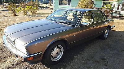Jaguar : XJ6 Sovereign Sedan 4-Door 1991 jaguar xj 6 sovereign sedan 4 door 4.0 l