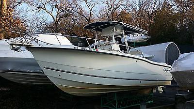 SeaBoss (SeaPro) 235cc Center Console Powerboat